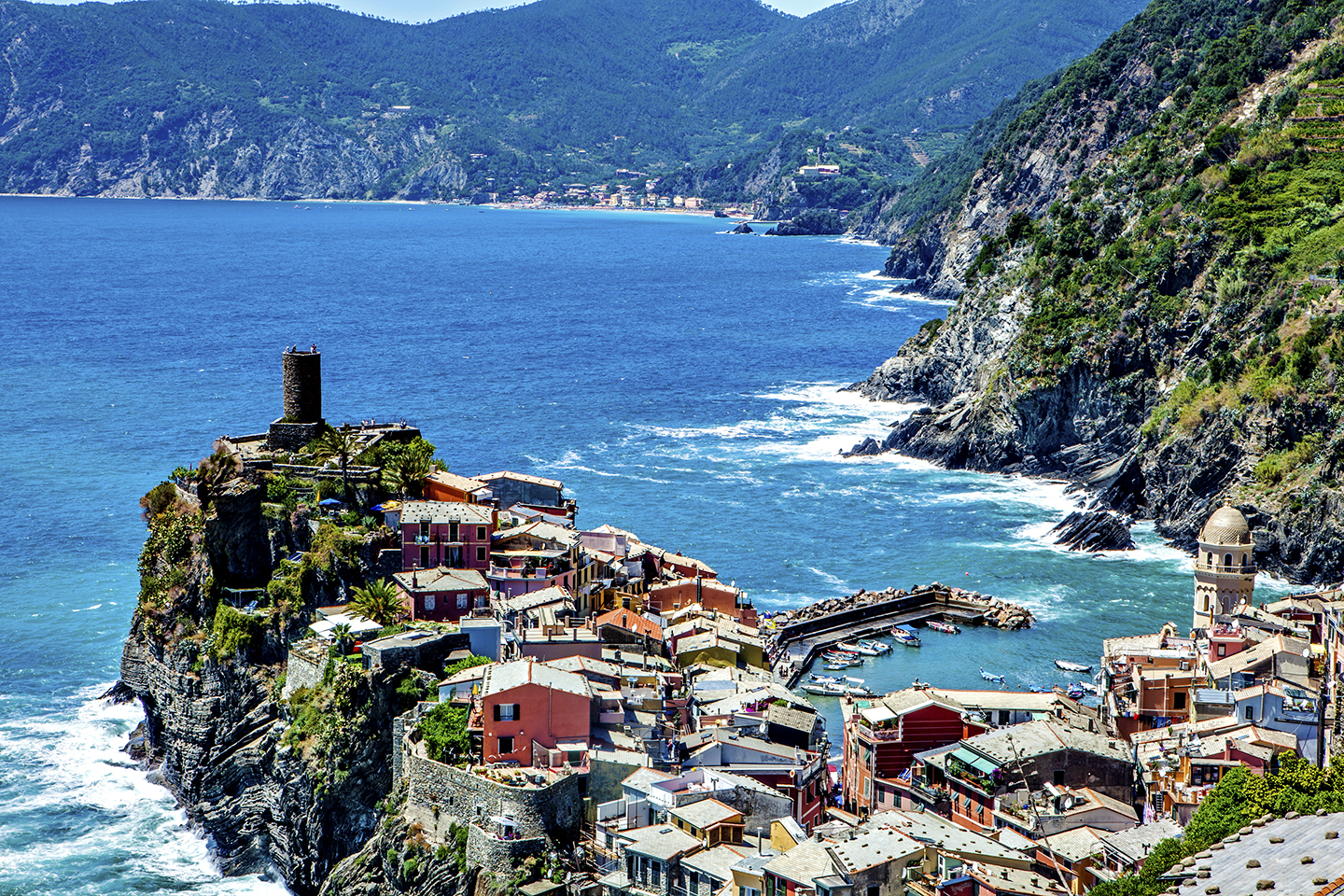 the tip of vernazza